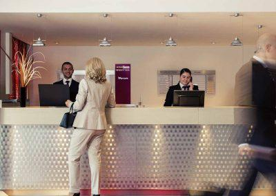 Mercure-Hotel-Duisburg-City-lifestyle-reception
